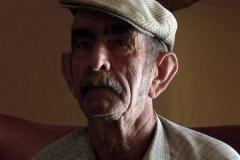 en_tu_ausencia_julias_grandfather